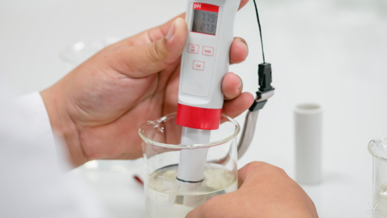 Field meters can measure common parameters such as conductivity, pH, oxidation-reduction potential, and dissolved oxygen.