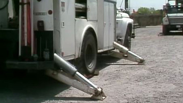 Bucket-Trucks-Part-2.jpg
