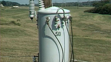 Pole-Top-Transformer-Replacement.jpg